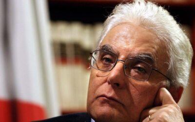 Il grande salto di Mattarella, tra i limiti costituzionali e il baratro dell'impeachment